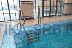 Лестница и поручни для бассейна