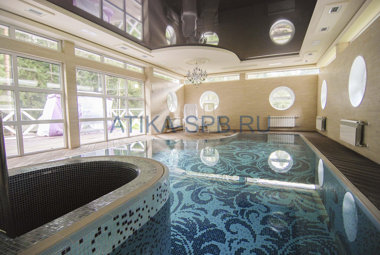 Переливной бетонный бассейн