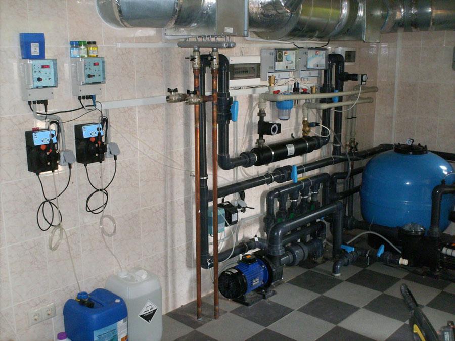 Монтаж оборудования бассейнов