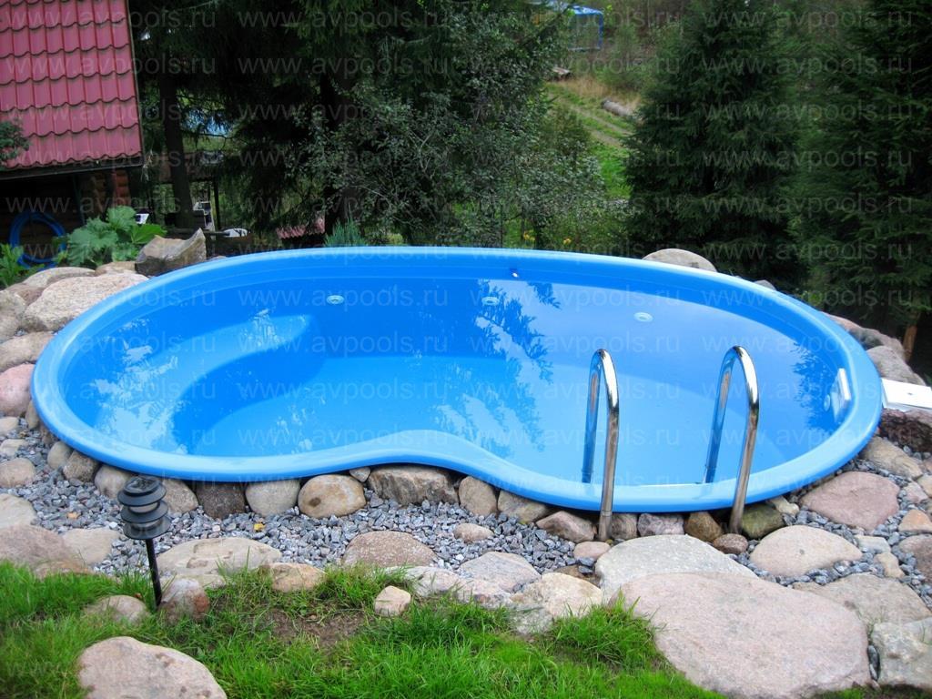 Чаша бассейна Корсика
